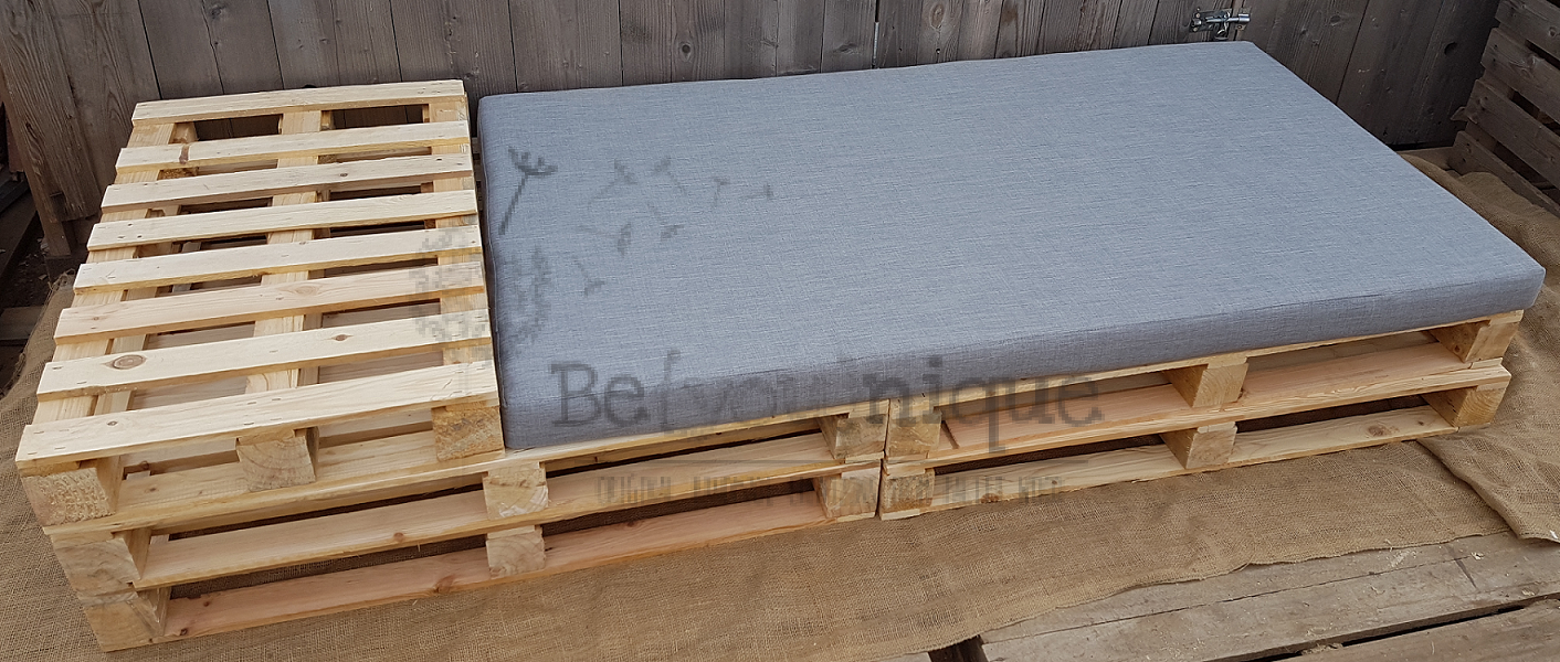 Pallet Furniture Day Bed 1 Wood Beds 5 Reclaimed