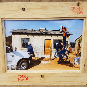 pallet picture frame, picture frames, wooden picture frame, picture frame 1,2, online picture frames JHB